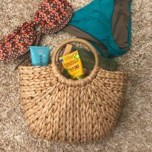 Handbags - ☀️Woven Summer Straw Tote bag ☀️